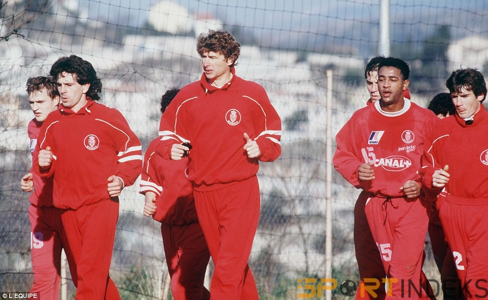 2411134200000578-2874855-Wenger_centre_left_pictured_here_in_1989_leads_his_Monaco_player-m-14_1418662305075
